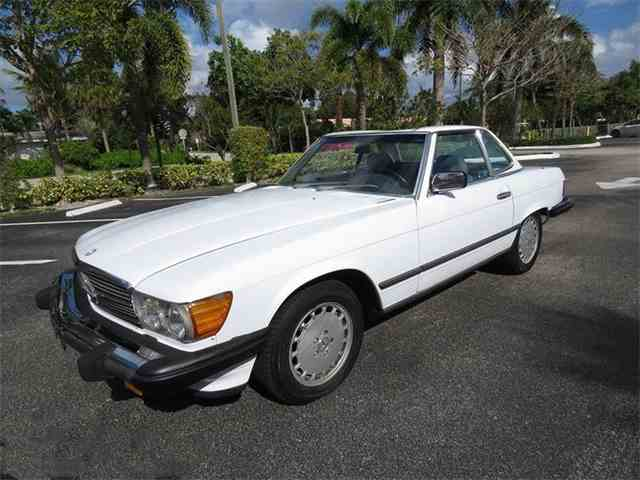 1987 Mercedes-Benz 560 | 975545