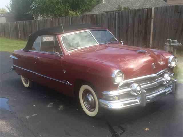 1951 Ford Custom | 975610