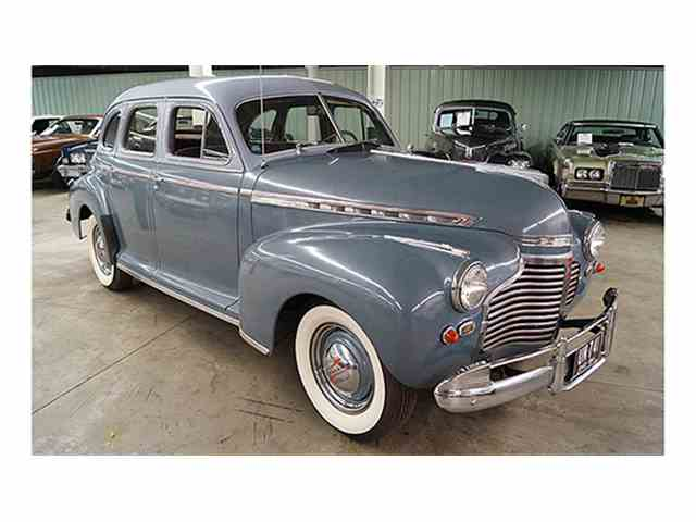 1941 Chevrolet Master Deluxe Four-Door Sport Sedan | 975666