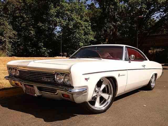 1966 Chevrolet Impala | 975708