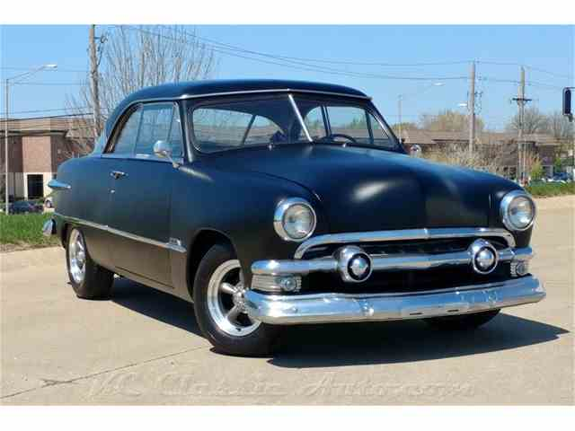 1951 Ford Victoria 2 Door  302 V8 5spd | 975834
