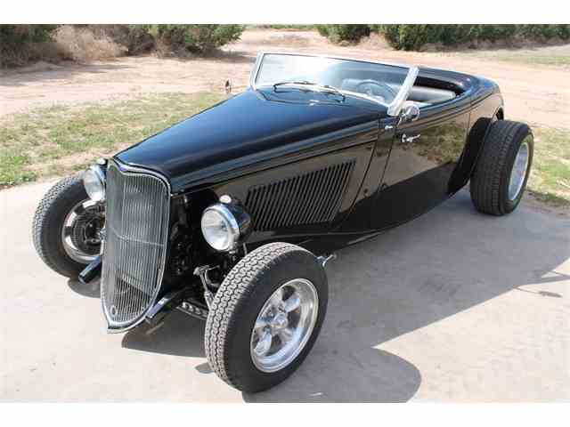 1933 Ford Roadster | 975919