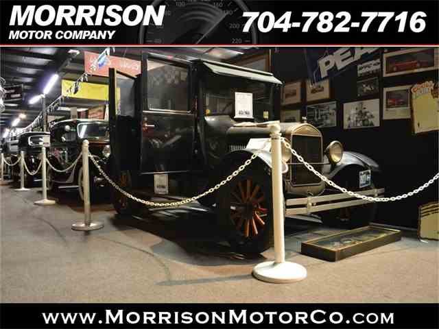 1927 Ford Model T | 975942