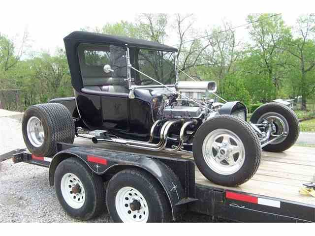 1923 Ford Model T   976018