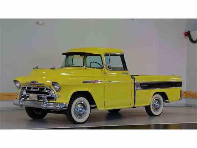 1957 Chevrolet Cameo | 976078