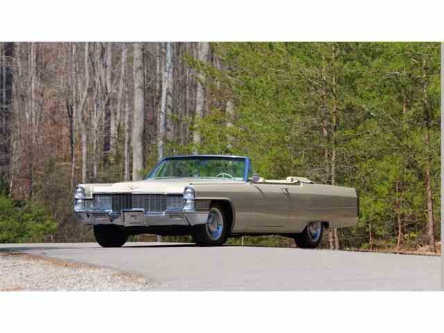1965 Cadillac DeVille   976113