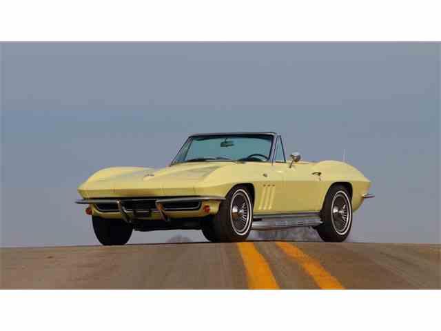 1965 Chevrolet Corvette | 976220