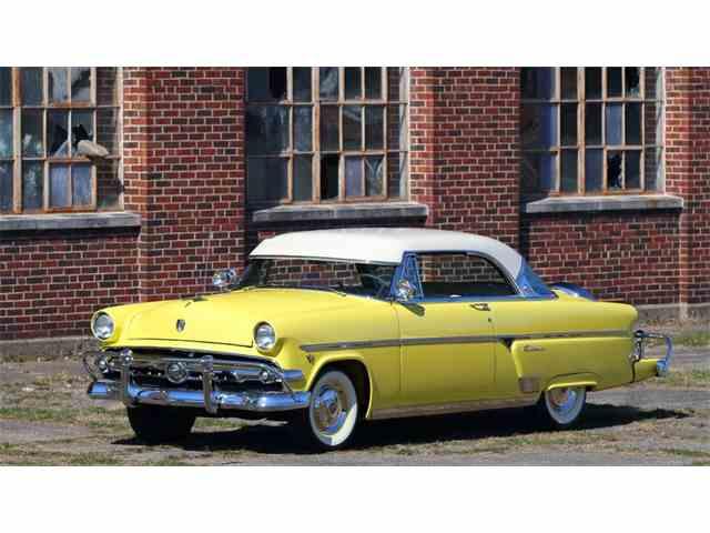 1954 Ford Crestliner   976304