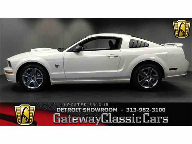 2009 Ford Mustang | 976550