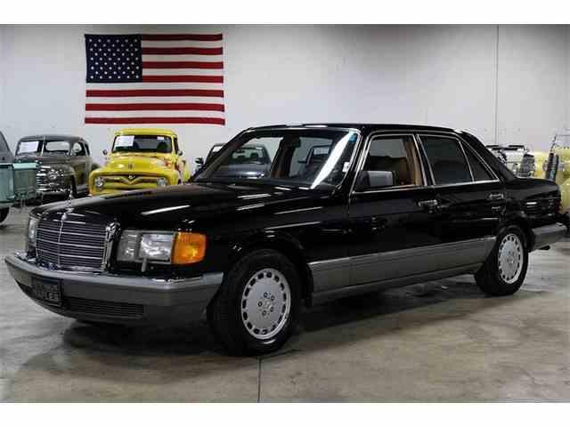 1988 Mercedes-Benz 300SE | 976668