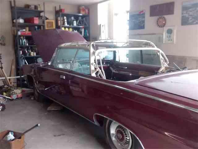 1964 Chrysler Imperial | 976685