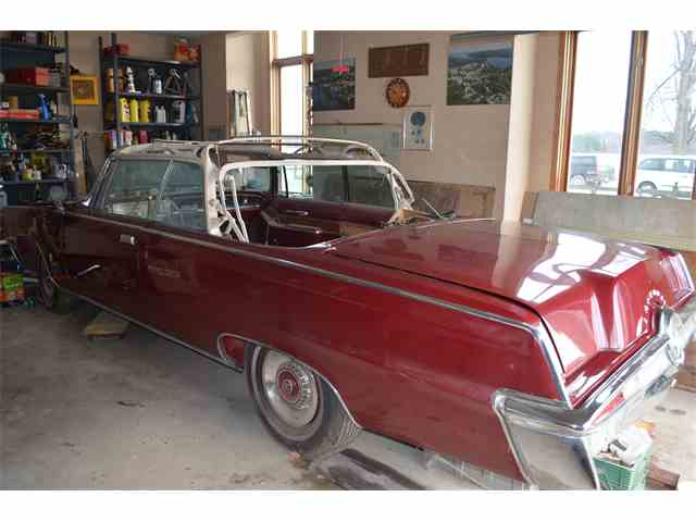 1964 Chrysler Imperial | 976685
