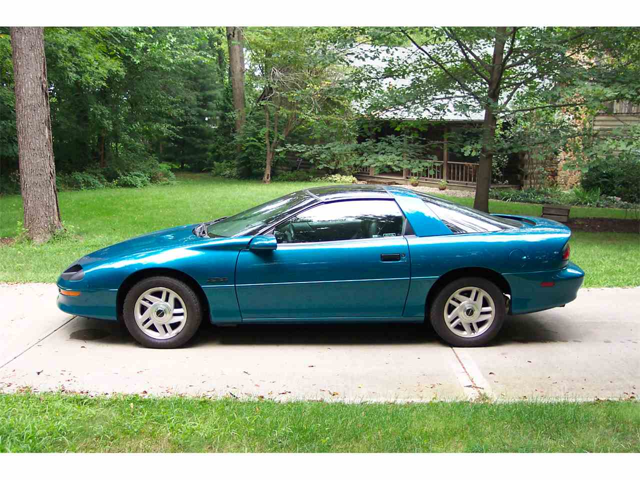 1995 chevrolet camaro z28 for sale cc 976691. Black Bedroom Furniture Sets. Home Design Ideas