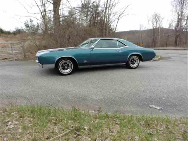 1967 Buick Riviera | 976712
