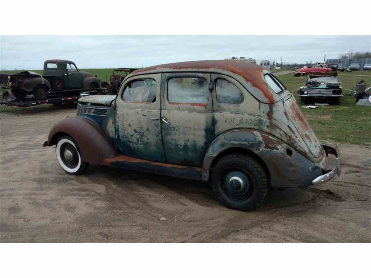 1937 ford 4 dr sedan 976731 - Rusty Old Cars For Sale