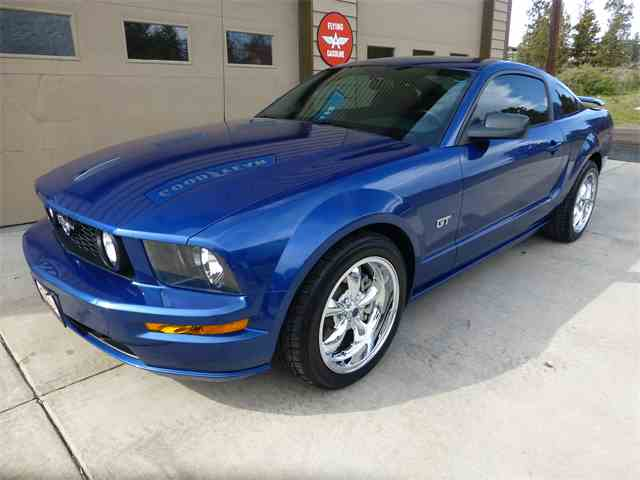 2006 Ford Mustang | 976745
