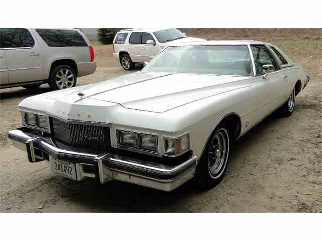 1975 Buick Riviera | 976758