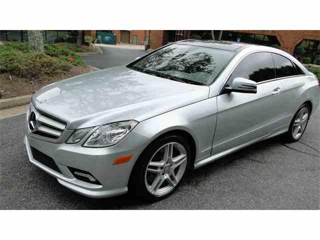 2011 Mercedes-Benz E500 | 976828