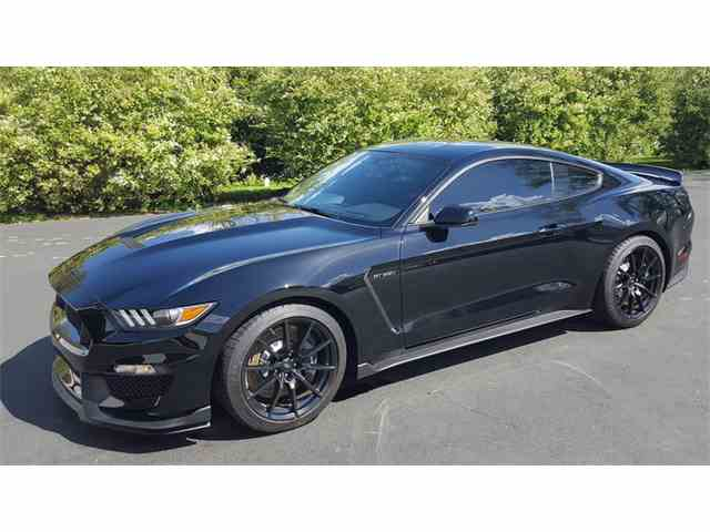 2017 Ford Mustang | 976868