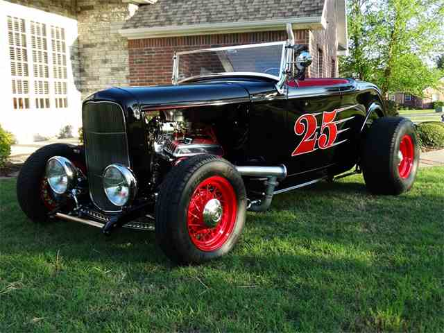 1932 Ford Roadster | 977067