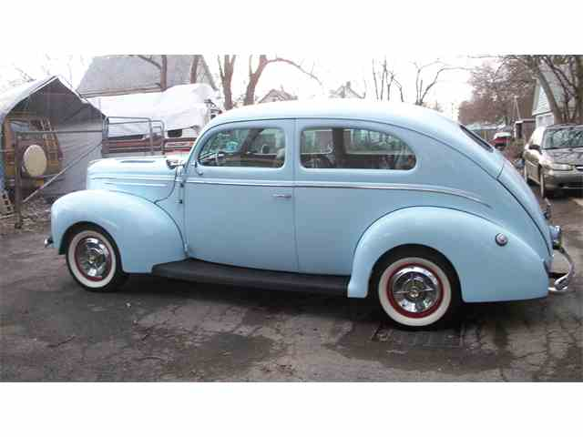 1939 Ford Deluxe | 970709