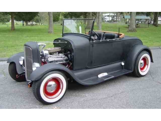 1929 Ford Roadster | 977186