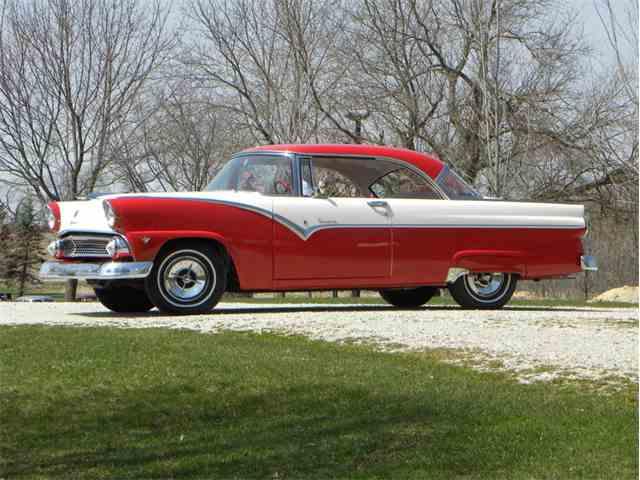 1955 Ford Fairlane | 977200