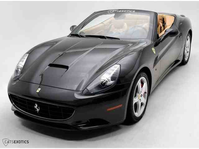 2010 Ferrari California | 977254