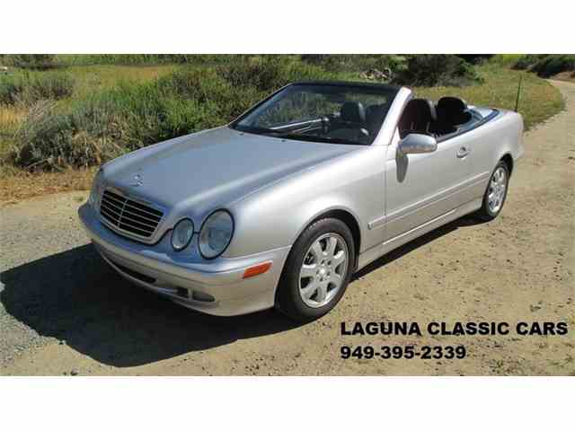 2003 Mercedes-Benz CLK320 | 977255