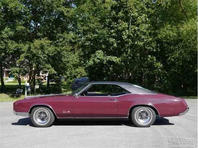 1966 Buick Riviera | 977323