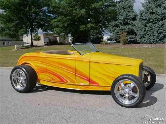 1932 Ford Roadster | 977388