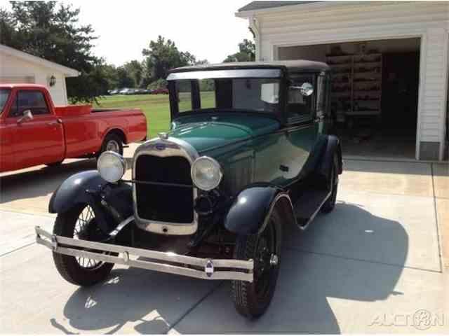 1928 Ford Model A Fordor Sedan | 970741