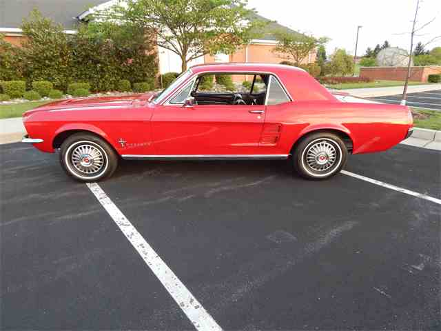 1967 Ford Mustang | 977438