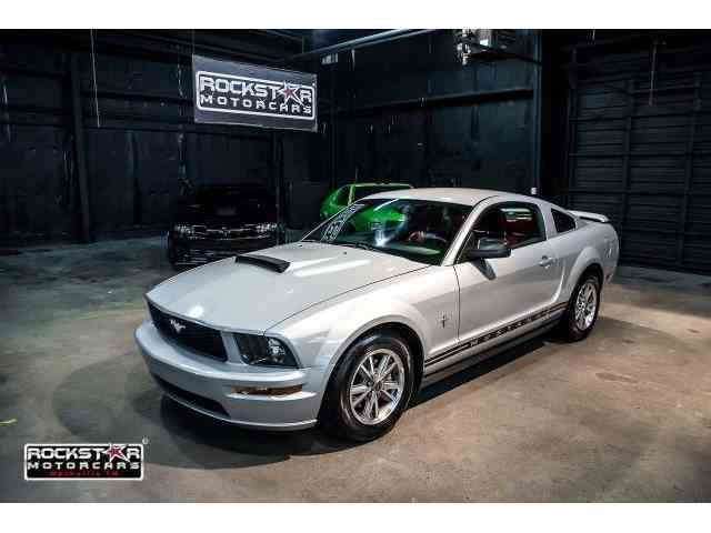 2005 Ford Mustang | 977525