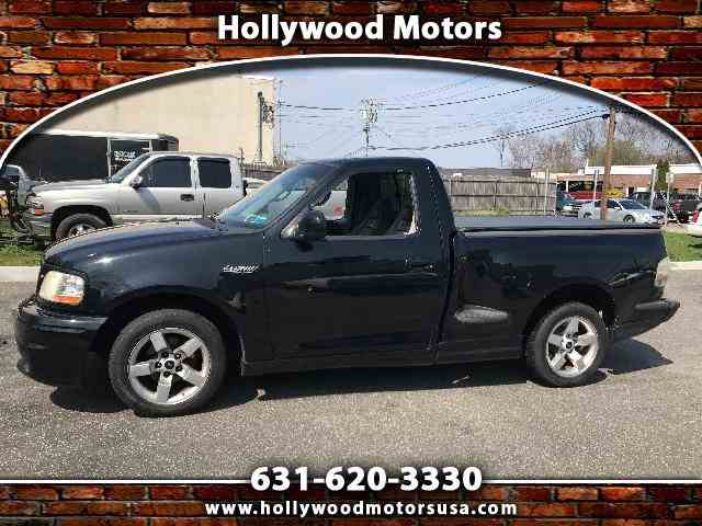 2001 Ford F150 | 977536