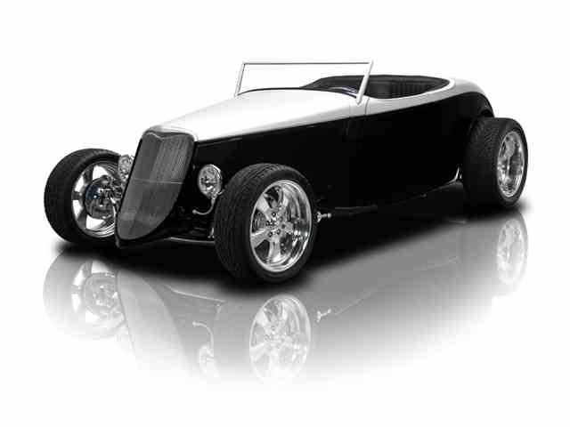 1933 Ford Roadster | 977555