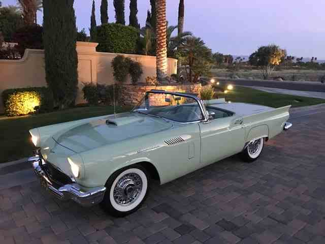 1957 Ford Thunderbird | 977596