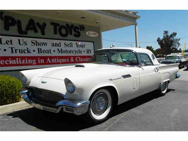 1957 Ford Thunderbird | 977648