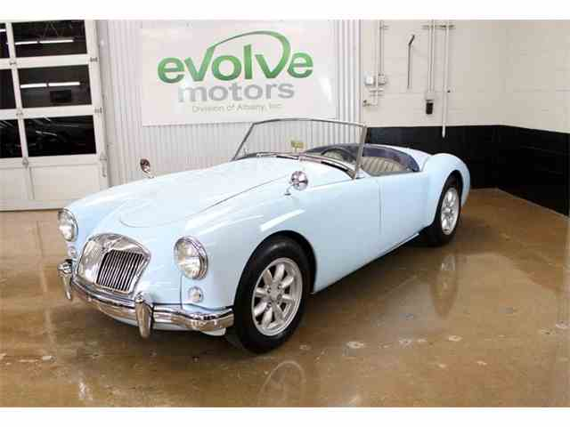 1957 MG Antique   977705