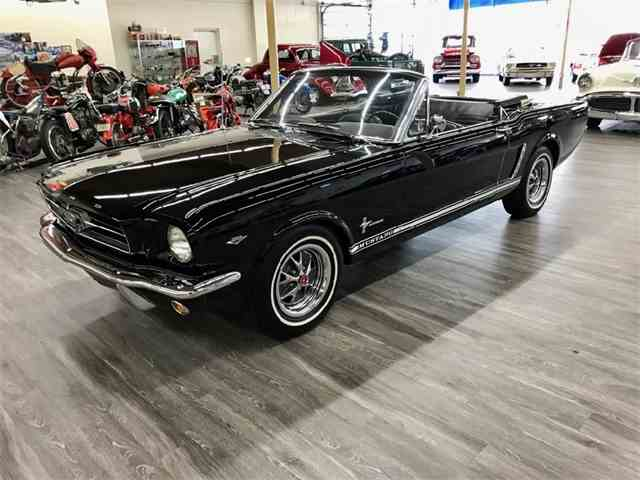 1965 Ford Mustang | 977752