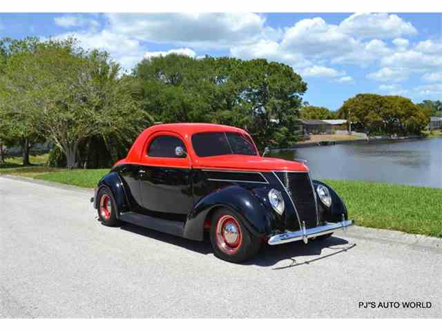1937 Ford Coupe | 977777