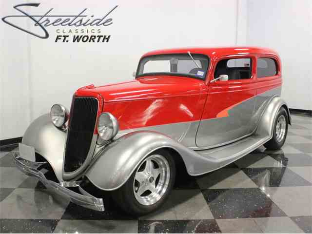 1934 Ford Tudor | 977796