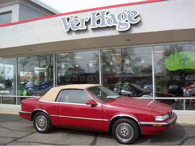1990 Chrysler TC by Maserati | 977869