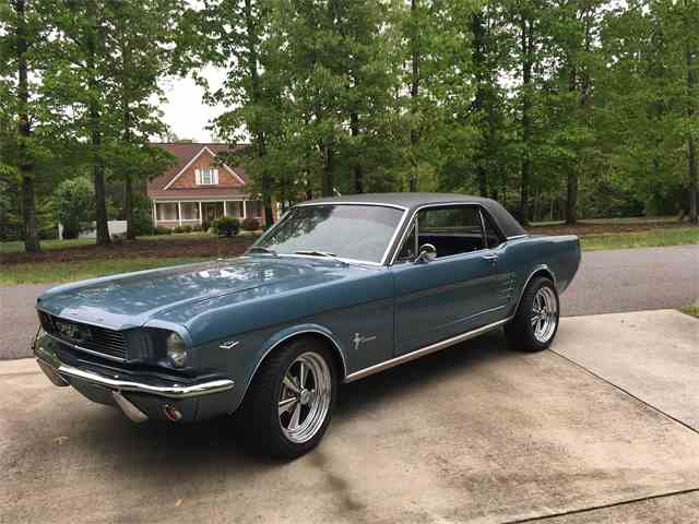 1966 Ford Mustang | 977904