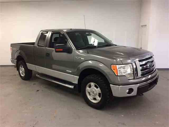 2011 Ford F150 | 977926