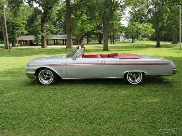 1962 Ford Galaxie Sunliner | 970797