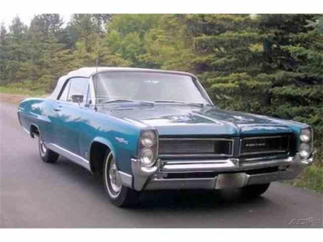 1964 Pontiac Parisienne Custom Sport | 970804