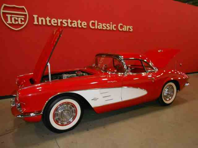 1961 Chevrolet Corvette Fuel-Injected Roadste | 978112