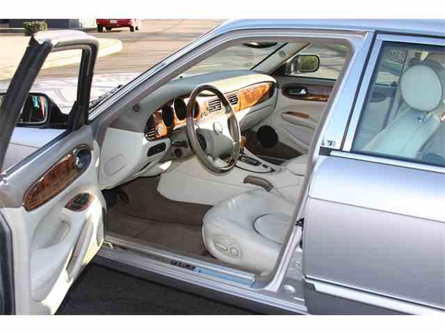 2000 Jaguar XJ8 Vanden | 978359
