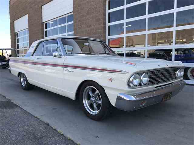 1963 Ford Fairlane 500 | 978549